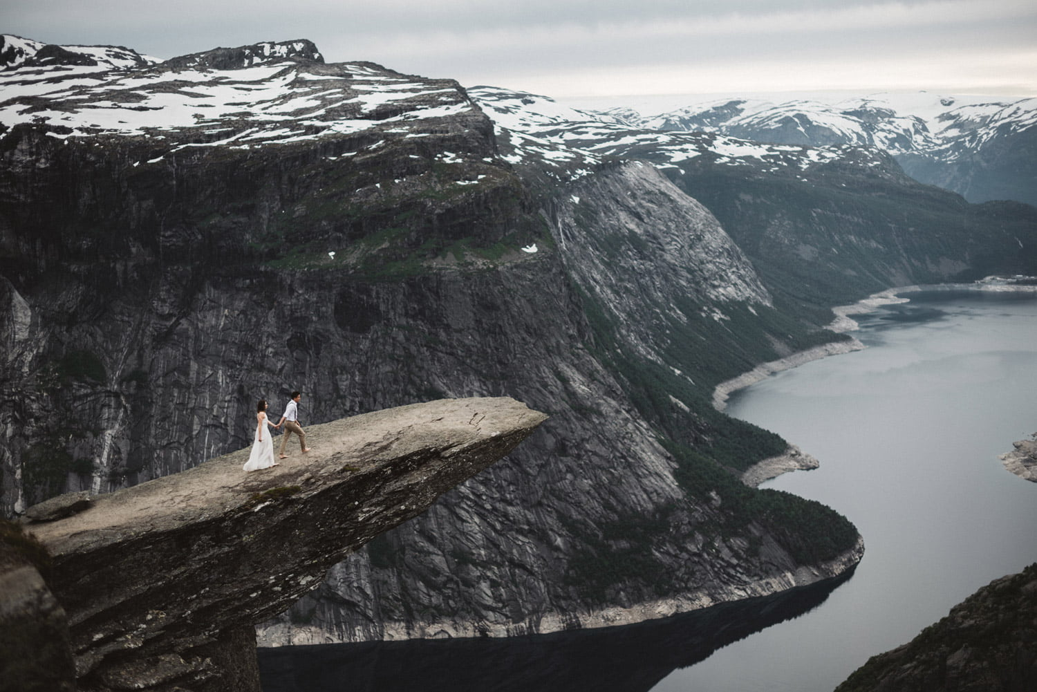 Trolltunga Wedding Session